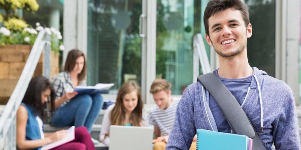 تحصیل در کانادا - اقامت کانادا
